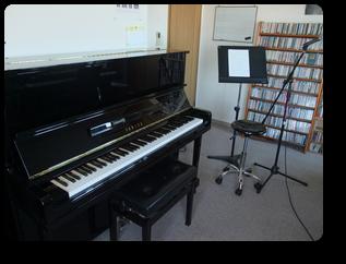 YAMAHA U-10A 1993年製 よく鳴るピアノです